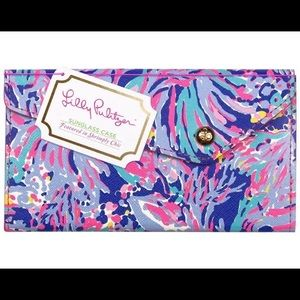 Lilly Pulitzer foldable Sunglasses case Nwot